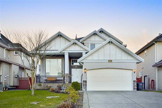 Detached at 7115 152 STREET, Surrey, British Columbia. Image 1