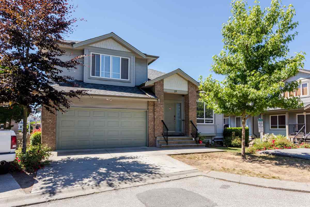 Townhouse at 19 6116 128 STREET, Unit 19, Surrey, British Columbia. Image 2
