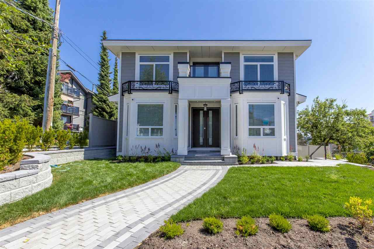 Detached at 1028 THIRD AVENUE, New Westminster, British Columbia. Image 1