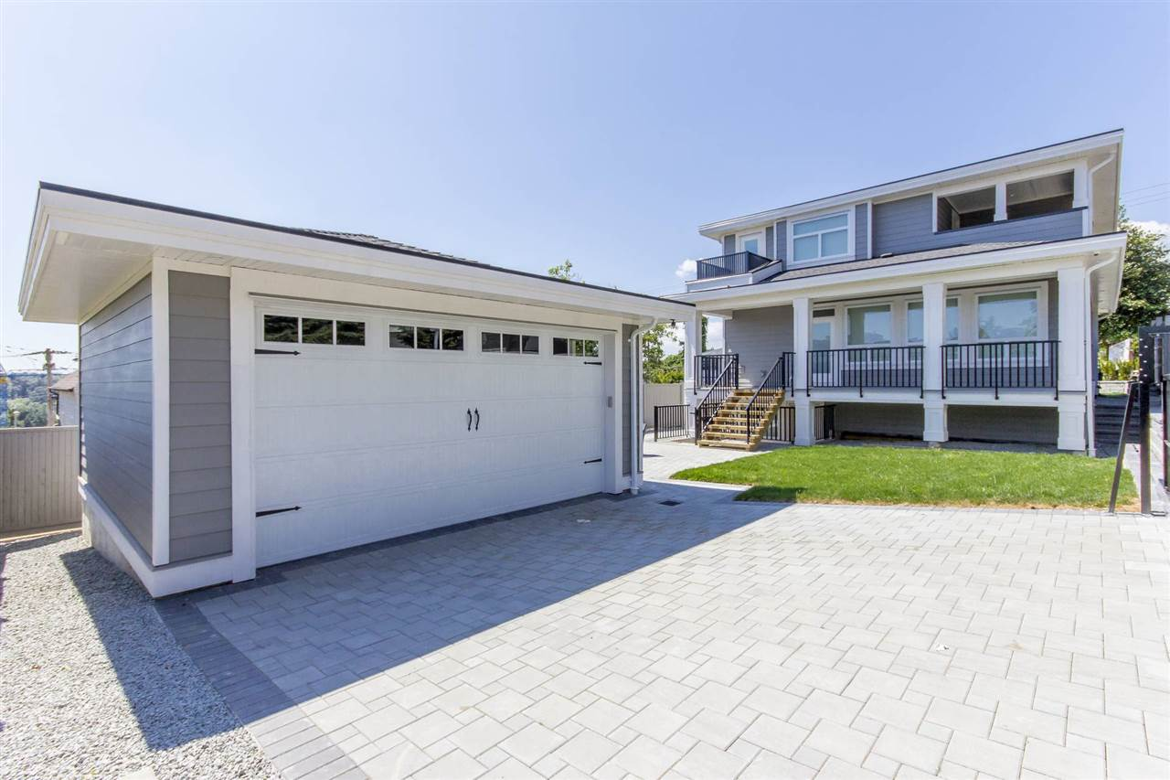Detached at 1028 THIRD AVENUE, New Westminster, British Columbia. Image 19