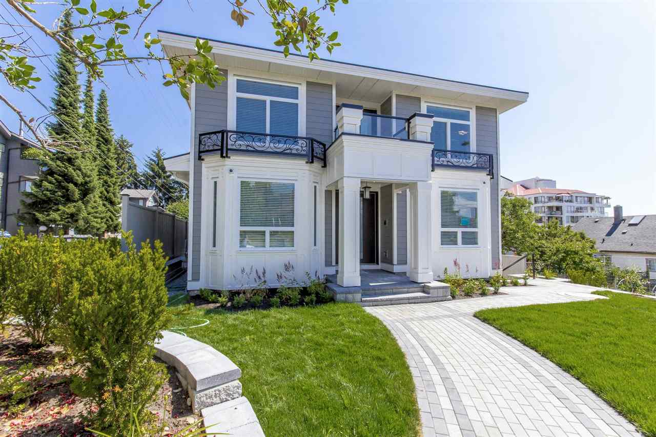 Detached at 1028 THIRD AVENUE, New Westminster, British Columbia. Image 20