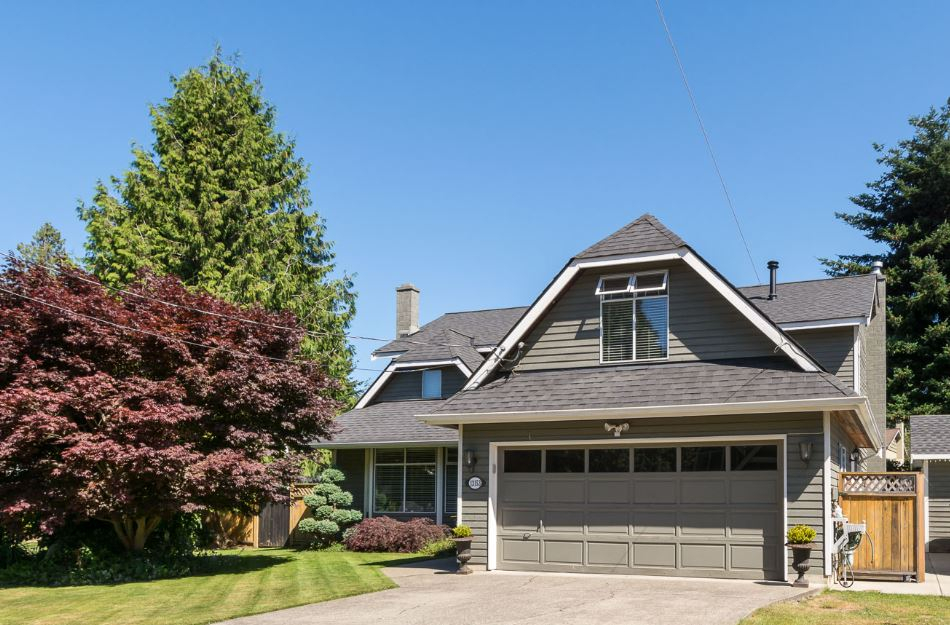 Detached at 13153 15TH AVENUE, South Surrey White Rock, British Columbia. Image 1