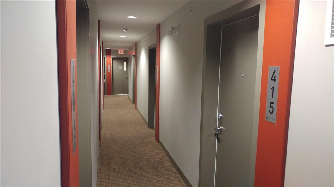 Condo Apartment at 410 13678 GROSVENOR ROAD, Unit 410, North Surrey, British Columbia. Image 3