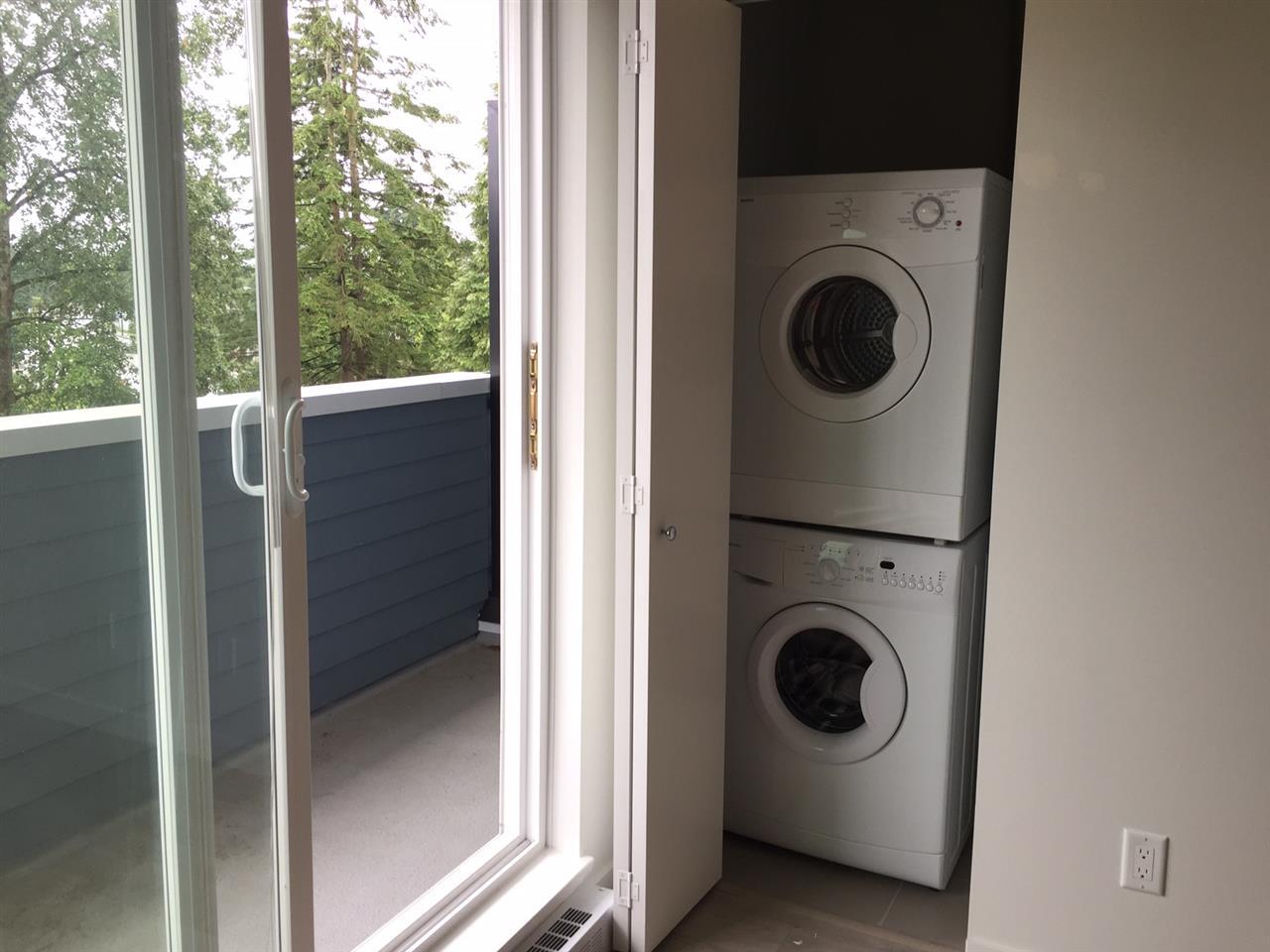 Condo Apartment at 410 13678 GROSVENOR ROAD, Unit 410, North Surrey, British Columbia. Image 8