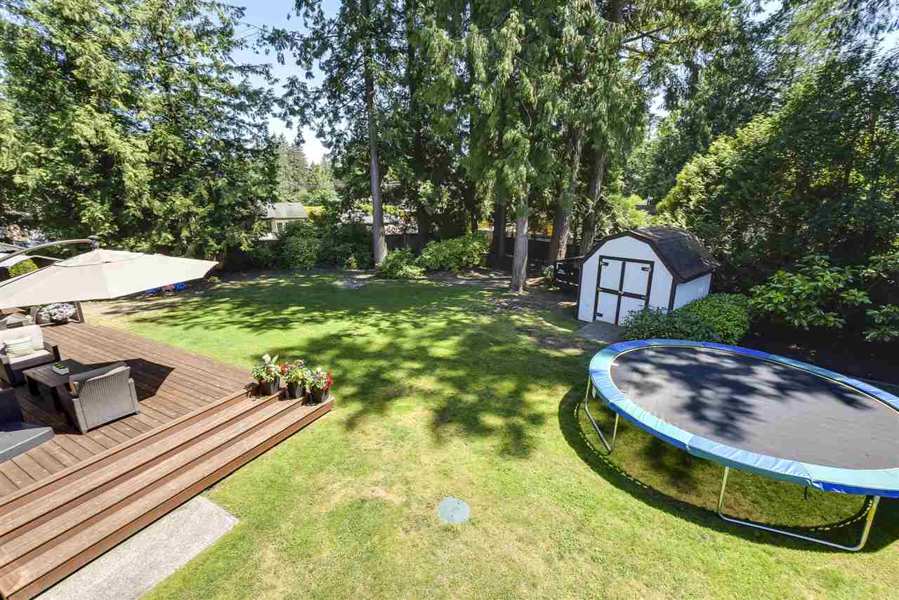 Detached at 4338 199A STREET, Langley, British Columbia. Image 18