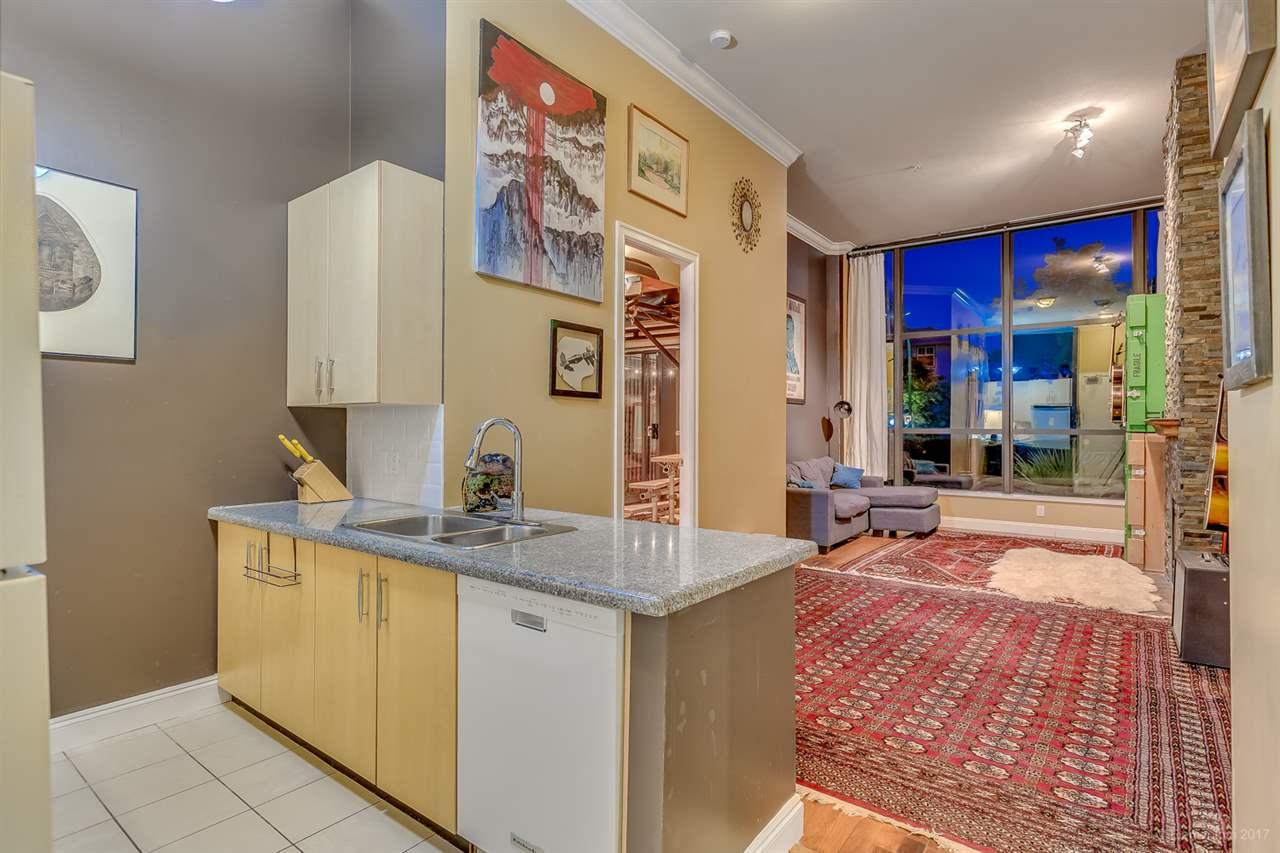 Condo Apartment at 202 7388 SANDBORNE AVENUE, Unit 202, Burnaby South, British Columbia. Image 2