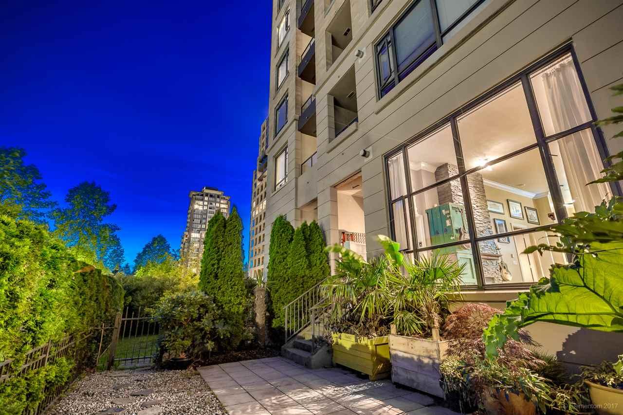 Condo Apartment at 202 7388 SANDBORNE AVENUE, Unit 202, Burnaby South, British Columbia. Image 20