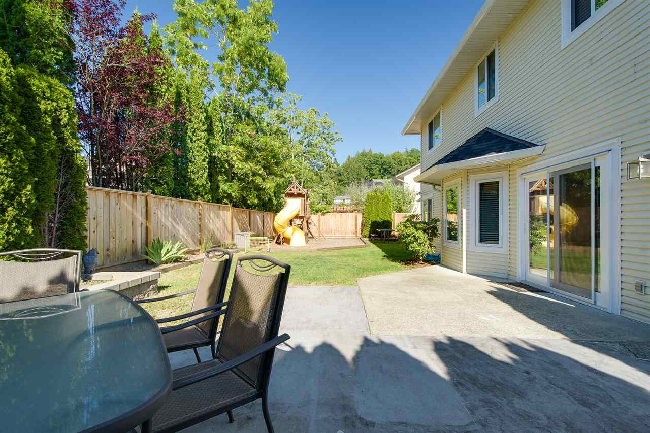 Detached at 35459 EDSON PLACE, Abbotsford, British Columbia. Image 19