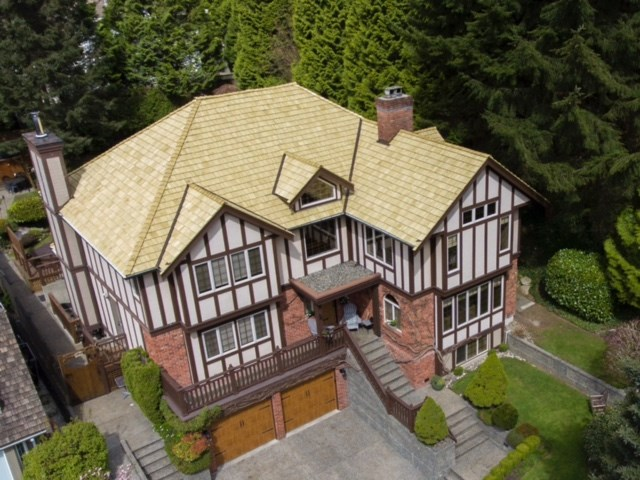 Detached at 1887 ORKNEY PLACE, North Vancouver, British Columbia. Image 3