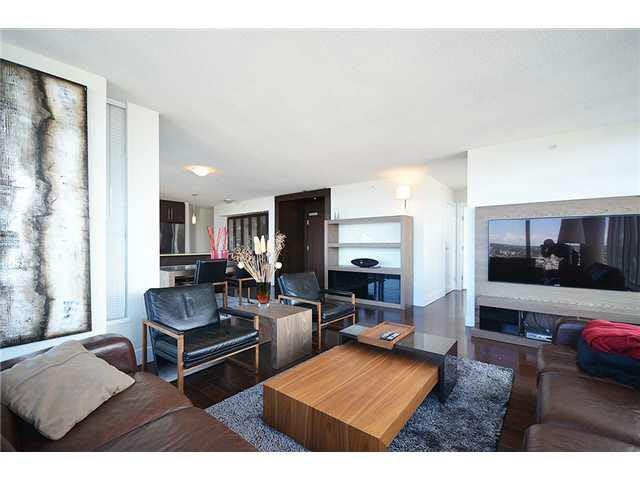 Condo Apartment at 3303 888 HOMER STREET, Unit 3303, Vancouver West, British Columbia. Image 4