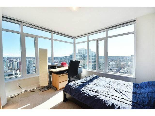 Condo Apartment at 3303 888 HOMER STREET, Unit 3303, Vancouver West, British Columbia. Image 9