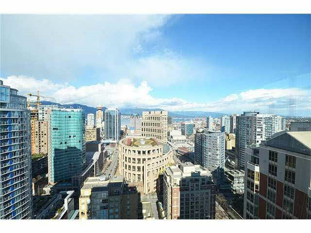 Condo Apartment at 3303 888 HOMER STREET, Unit 3303, Vancouver West, British Columbia. Image 12