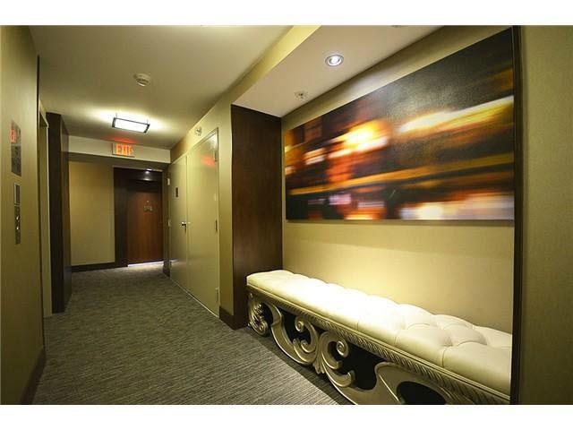 Condo Apartment at 3303 888 HOMER STREET, Unit 3303, Vancouver West, British Columbia. Image 13