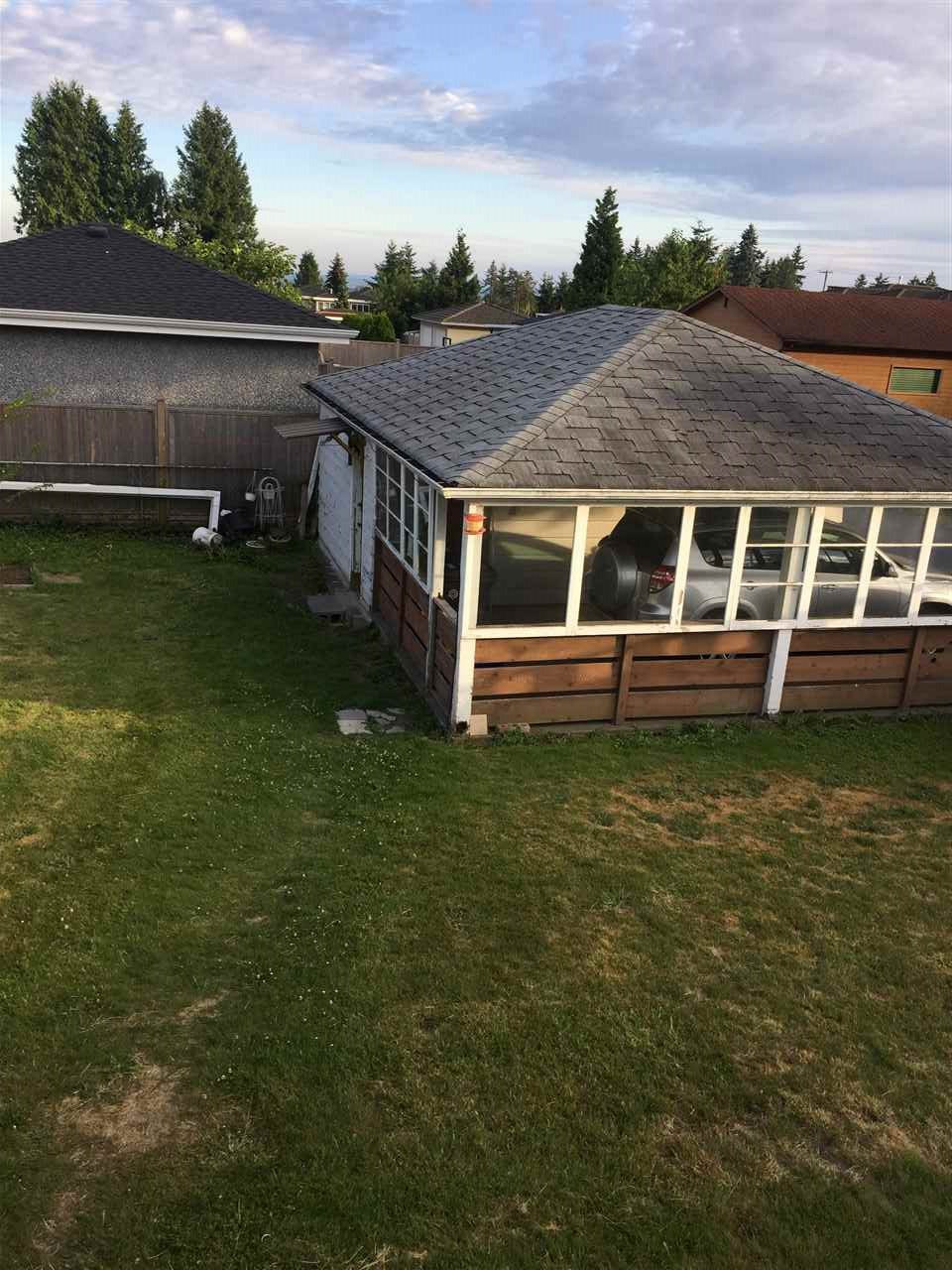 Detached at 4458 HURST STREET, Burnaby South, British Columbia. Image 4
