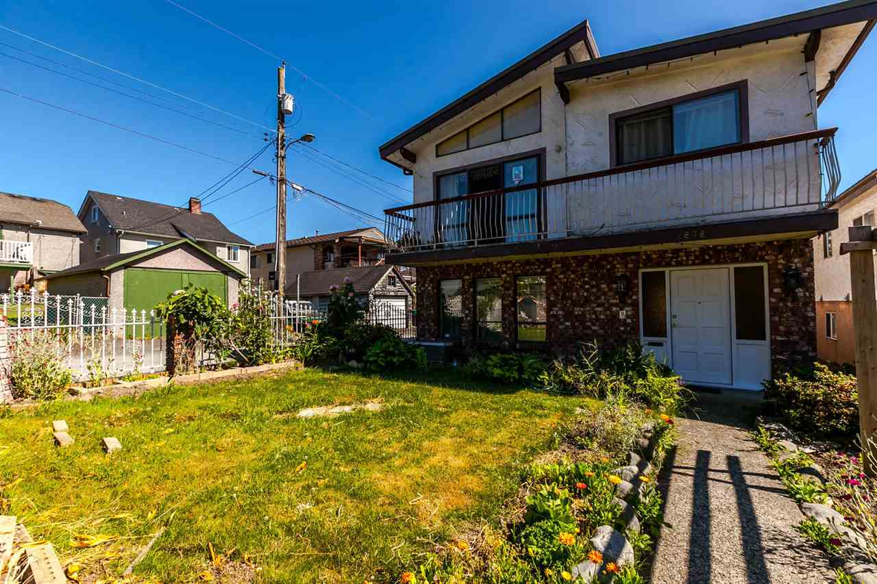 Detached at 2878 E 7TH AVENUE, Vancouver East, British Columbia. Image 2