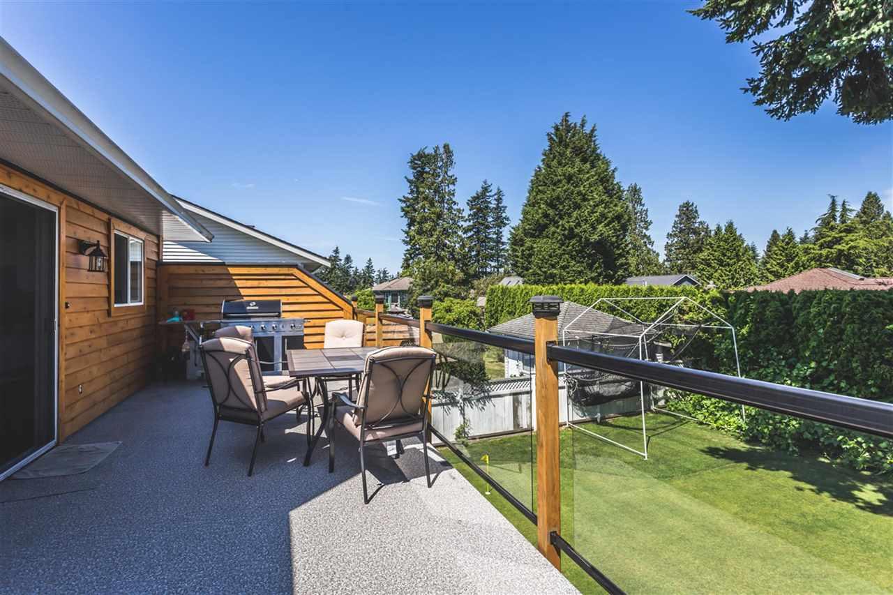 Detached at 12939 18 AVENUE, South Surrey White Rock, British Columbia. Image 13