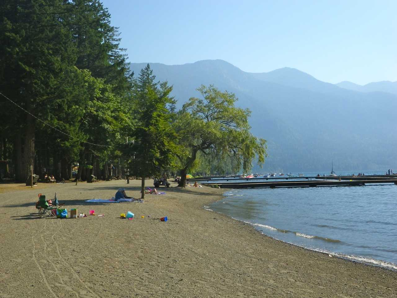 Detached at 12 1858 COLUMBIA VALLEY ROAD, Unit 12, Cultus Lake, British Columbia. Image 3