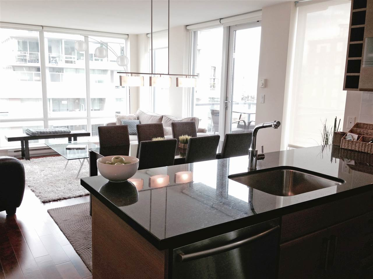Condo Apartment at 806 1690 W 8TH AVENUE, Unit 806, Vancouver West, British Columbia. Image 6