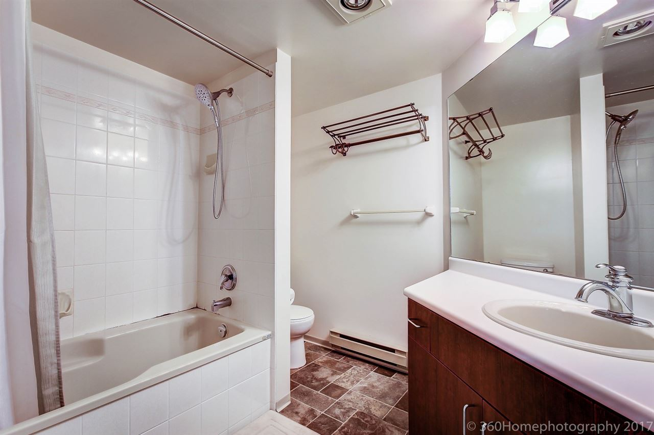 Condo Apartment at 211 8535 JONES ROAD, Unit 211, Richmond, British Columbia. Image 11