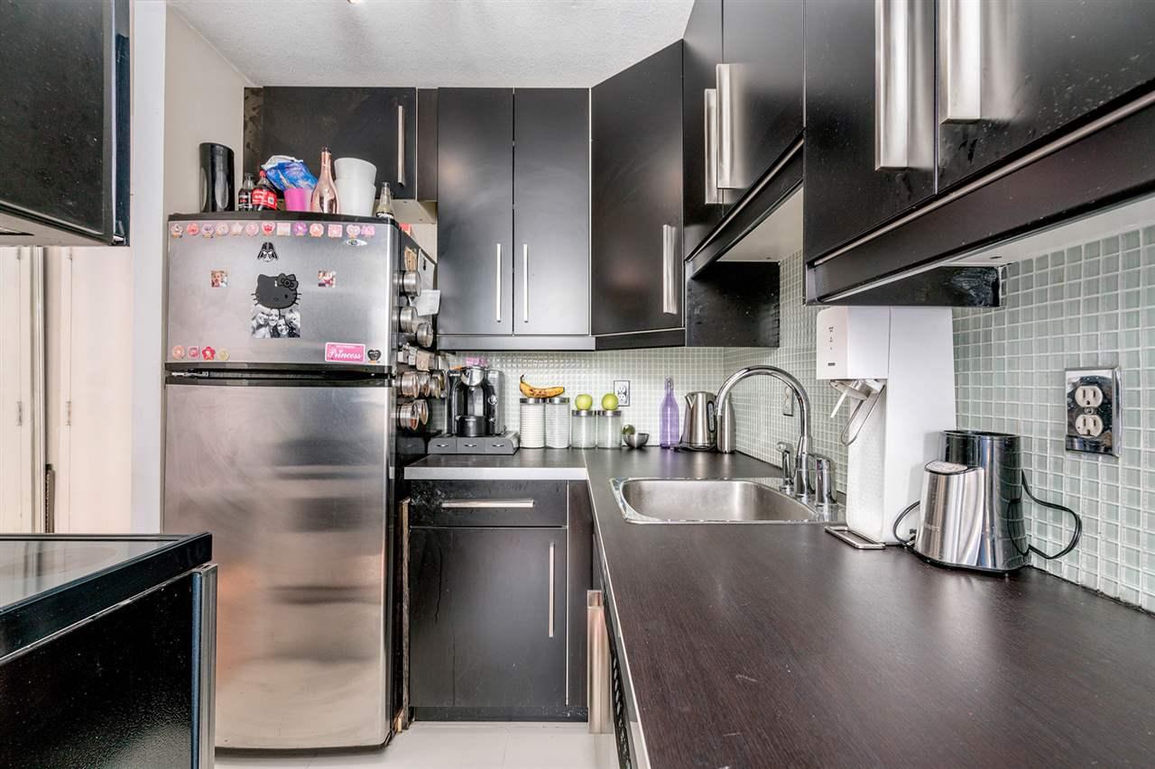 Condo Apartment at 1204 1146 HARWOOD STREET, Unit 1204, Vancouver West, British Columbia. Image 3