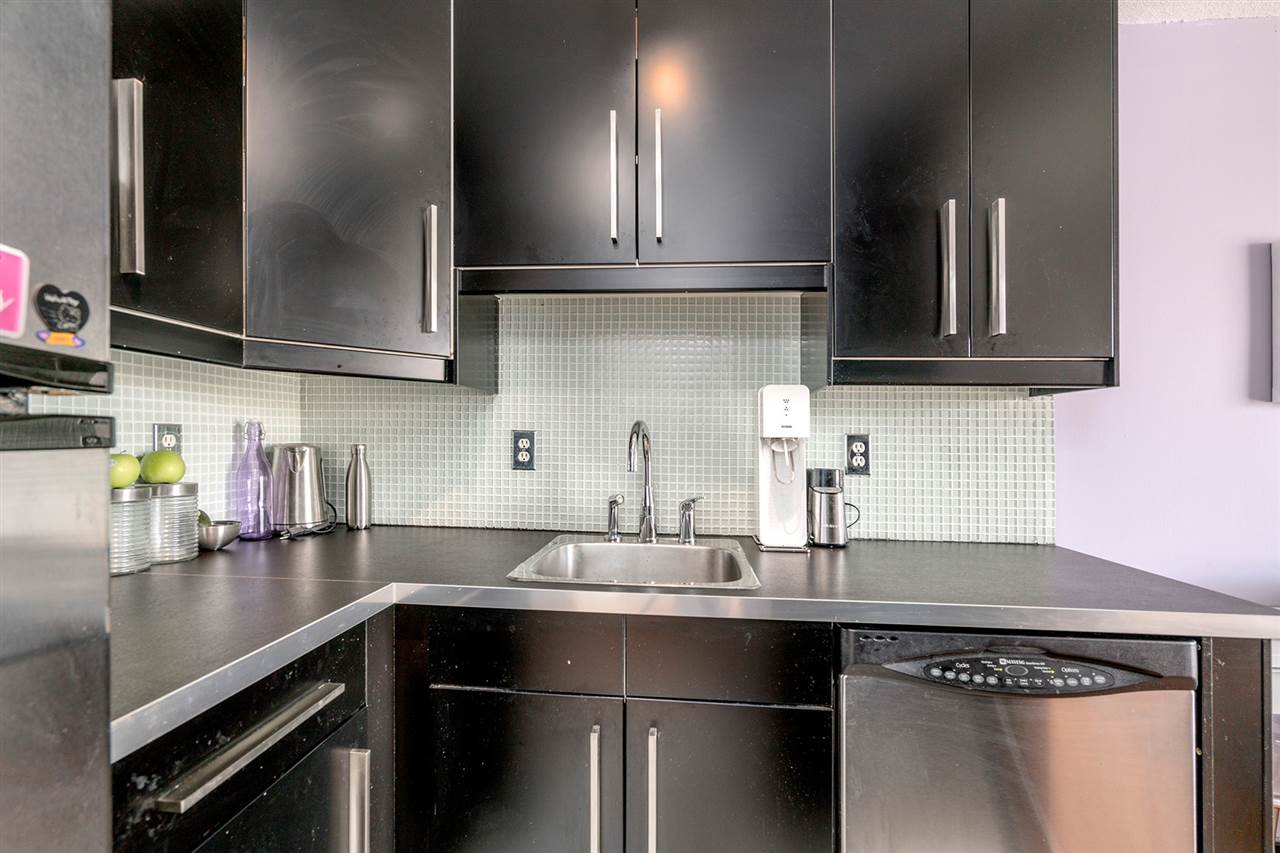 Condo Apartment at 1204 1146 HARWOOD STREET, Unit 1204, Vancouver West, British Columbia. Image 4