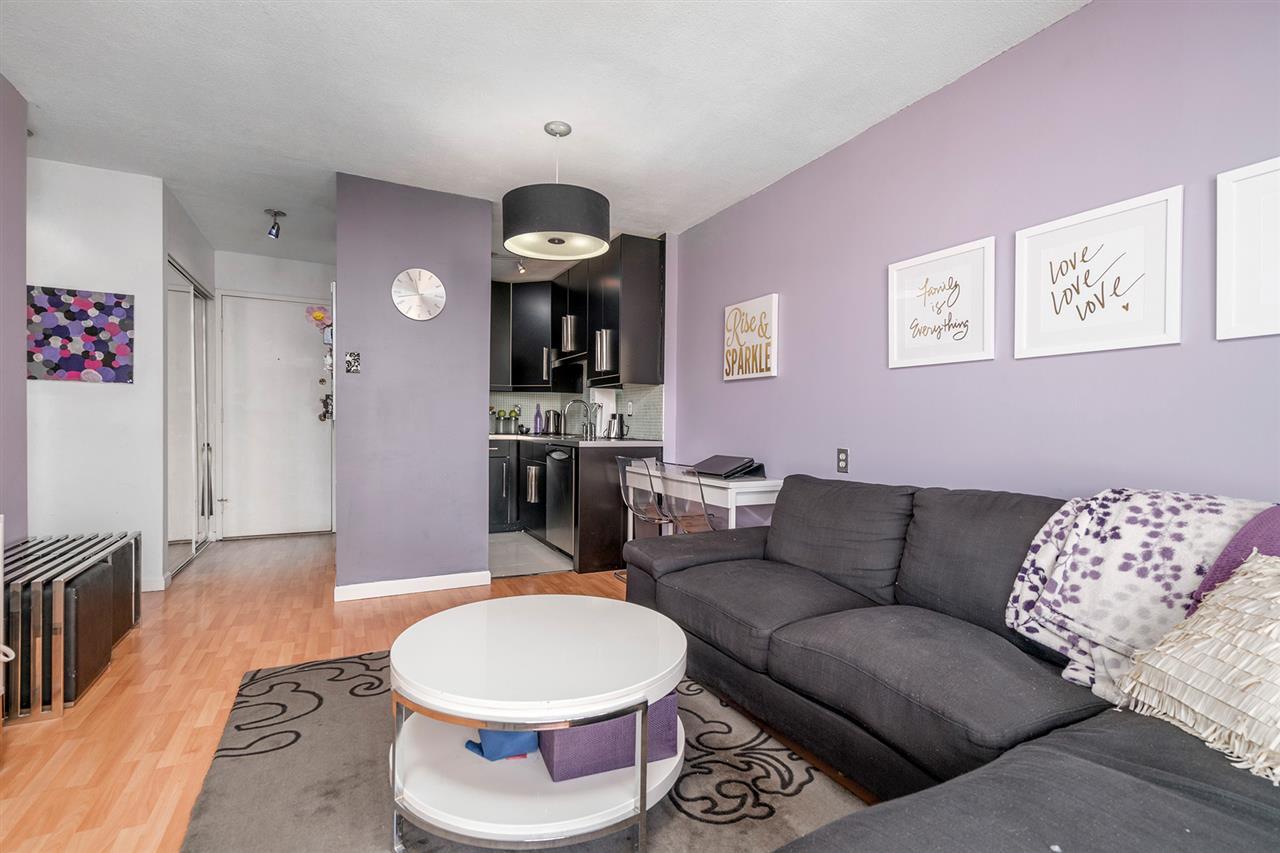 Condo Apartment at 1204 1146 HARWOOD STREET, Unit 1204, Vancouver West, British Columbia. Image 9
