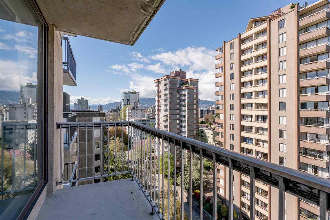 Condo Apartment at 1204 1146 HARWOOD STREET, Unit 1204, Vancouver West, British Columbia. Image 16
