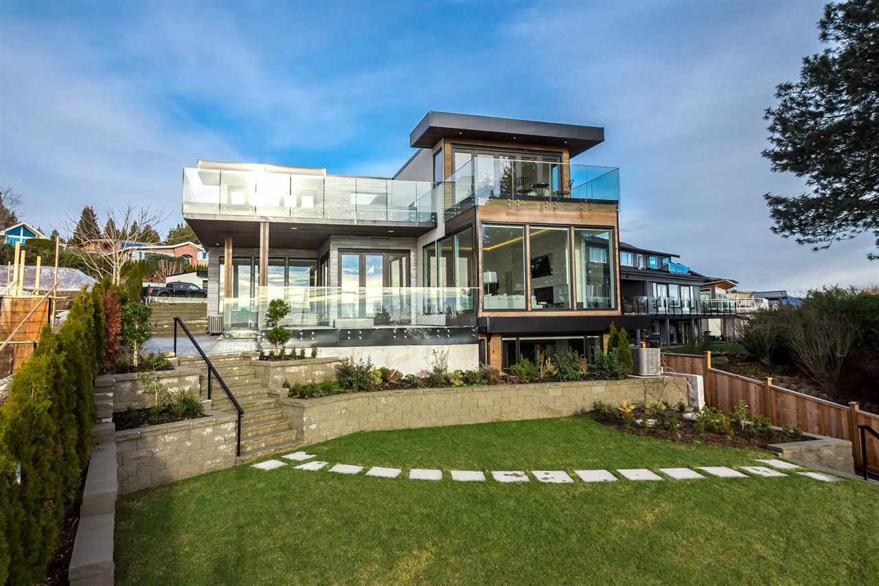 Detached at 1160 PALMERSTON AVENUE, West Vancouver, British Columbia. Image 5