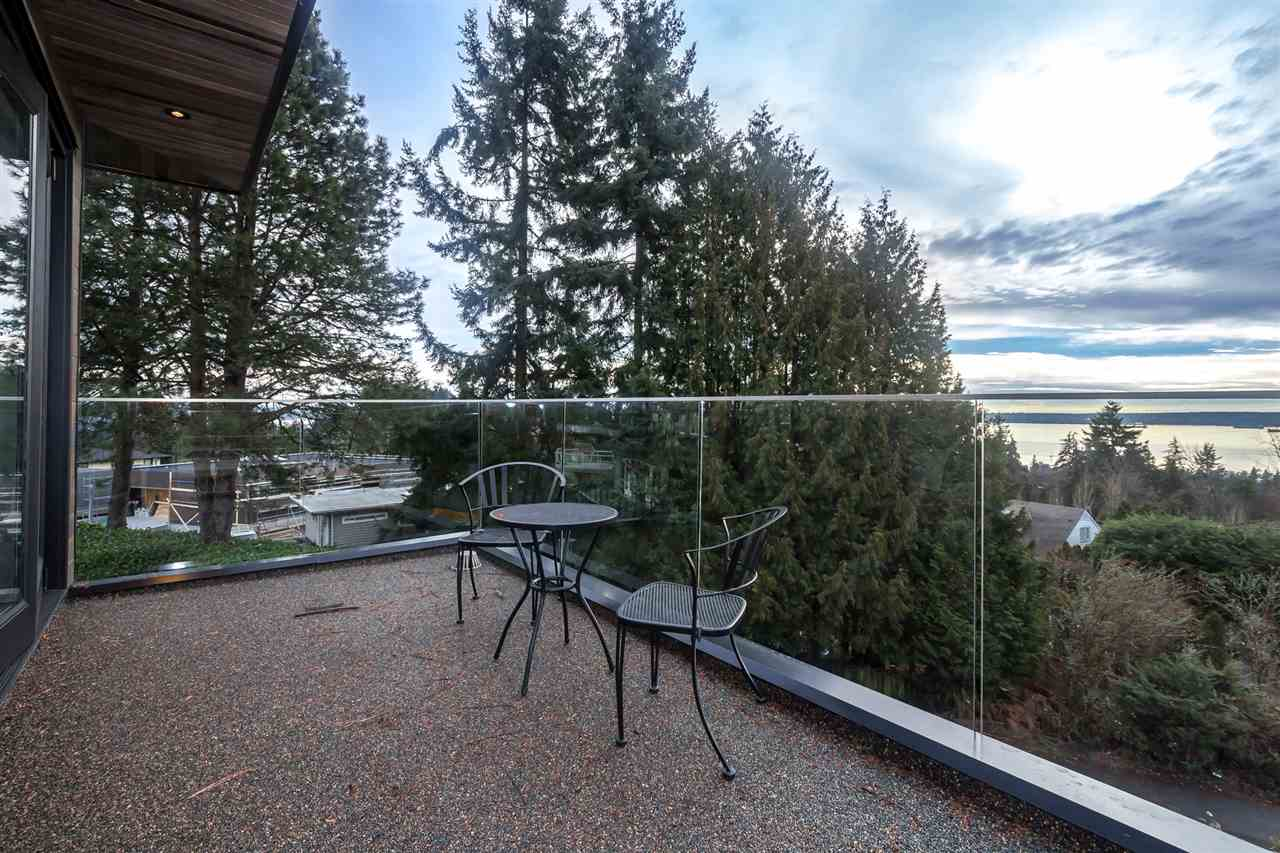 Detached at 1160 PALMERSTON AVENUE, West Vancouver, British Columbia. Image 15