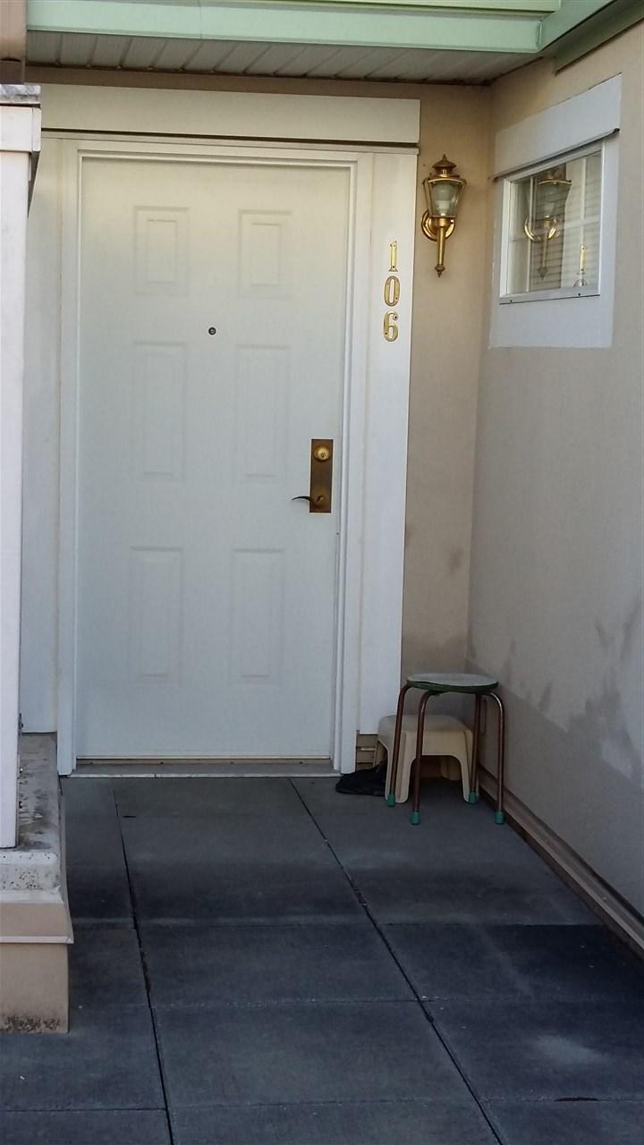 Condo Apartment at 106 2975 PRINCESS CRESCENT, Unit 106, Coquitlam, British Columbia. Image 3
