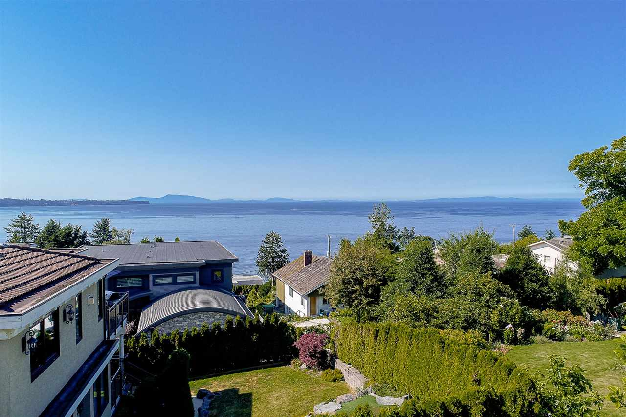 Detached at 1385 KERFOOT ROAD, South Surrey White Rock, British Columbia. Image 7