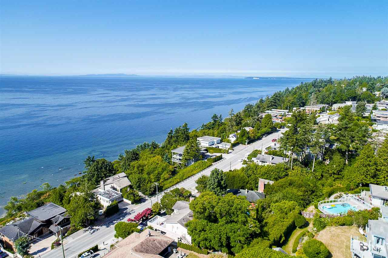 Detached at 1385 KERFOOT ROAD, South Surrey White Rock, British Columbia. Image 11