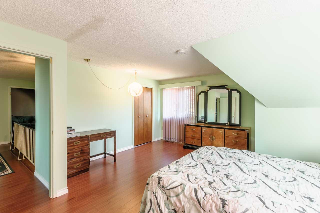 Detached at 84 MOTT CRESCENT, New Westminster, British Columbia. Image 11