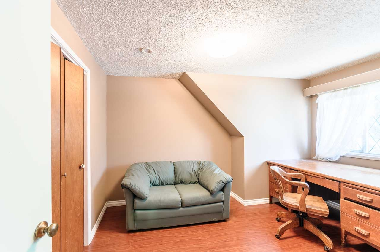 Detached at 84 MOTT CRESCENT, New Westminster, British Columbia. Image 19