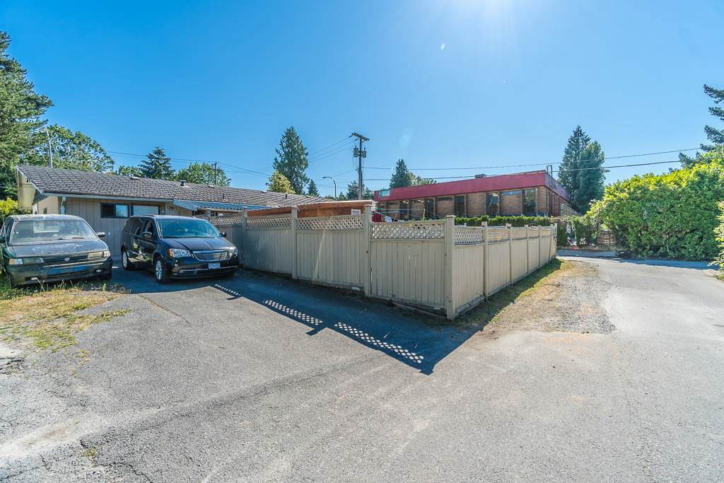 Detached at 14967 108 AVENUE, North Surrey, British Columbia. Image 20