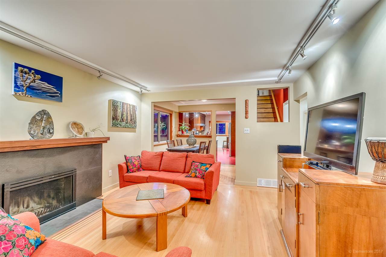 Detached at 2291 GRANT STREET, Vancouver East, British Columbia. Image 3