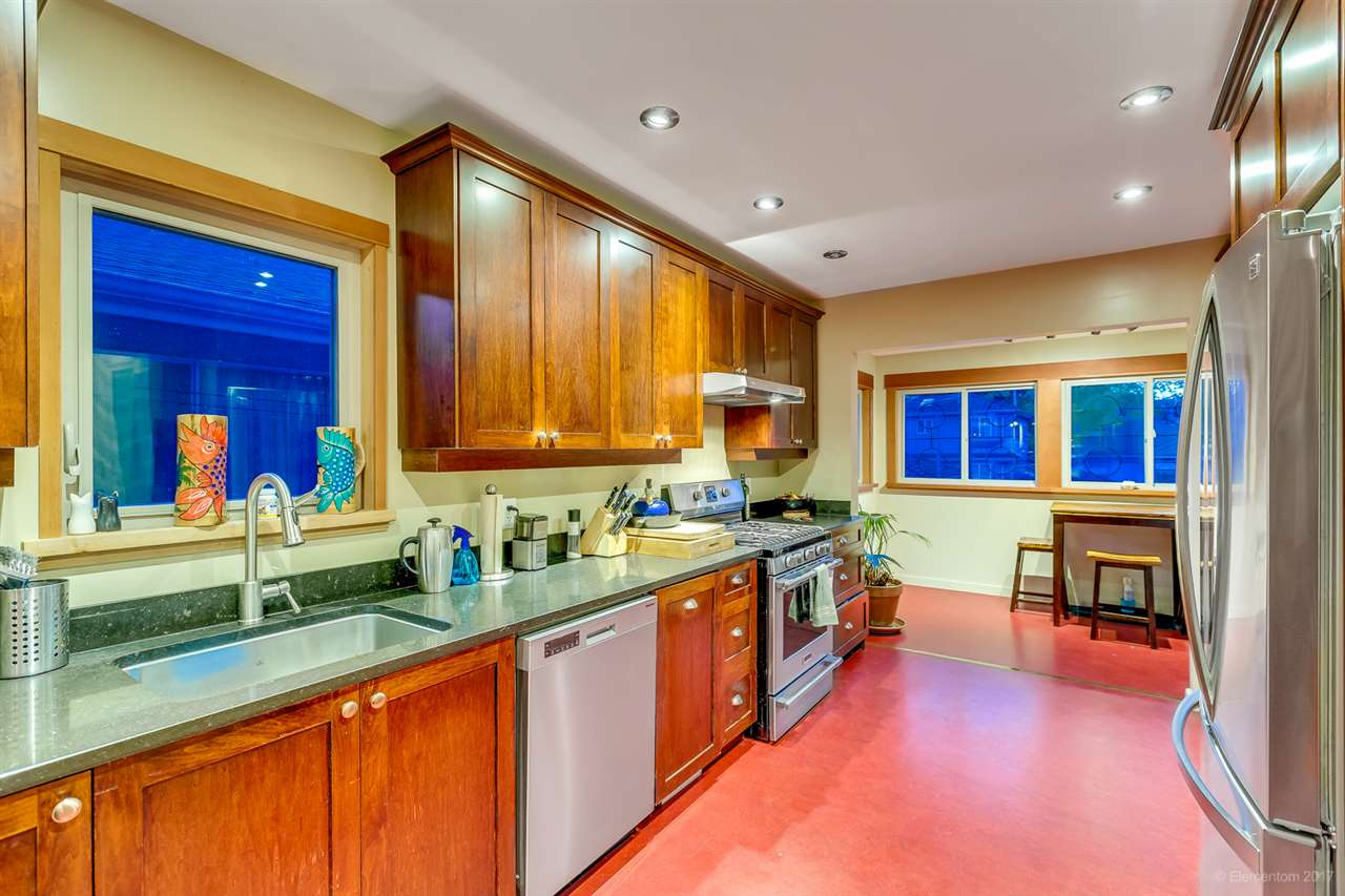 Detached at 2291 GRANT STREET, Vancouver East, British Columbia. Image 6