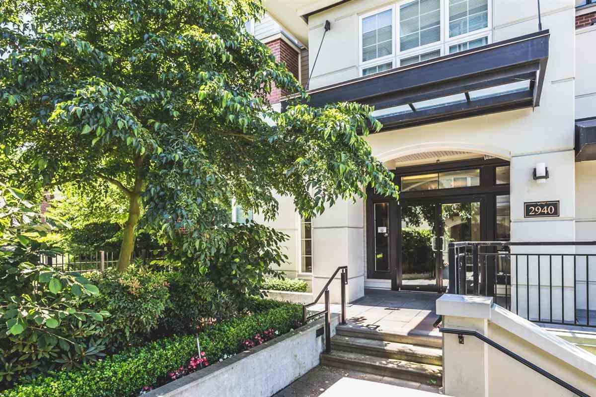 Condo Apartment at 302 2940 KING GEORGE BOULEVARD, Unit 302, South Surrey White Rock, British Columbia. Image 1