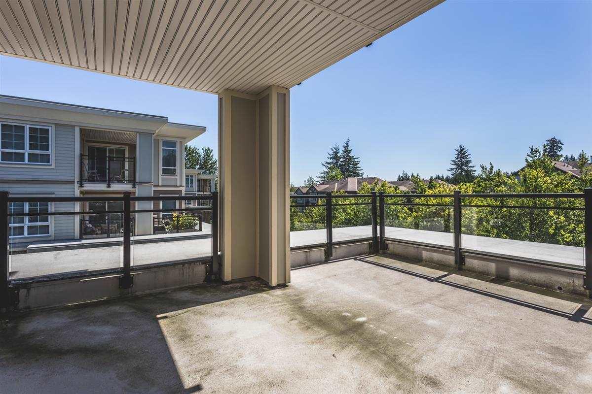 Condo Apartment at 302 2940 KING GEORGE BOULEVARD, Unit 302, South Surrey White Rock, British Columbia. Image 11