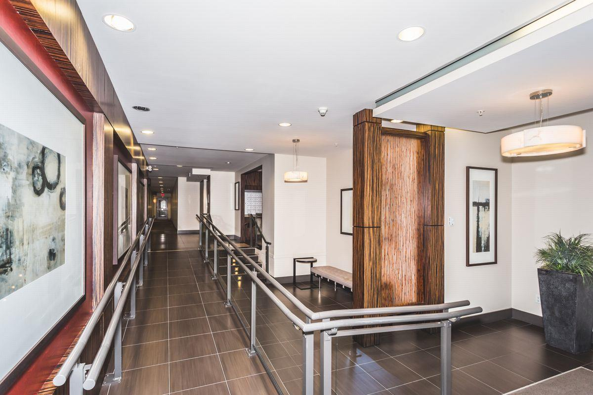 Condo Apartment at 302 2940 KING GEORGE BOULEVARD, Unit 302, South Surrey White Rock, British Columbia. Image 17