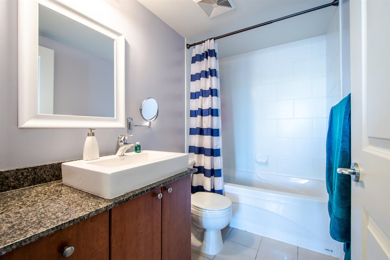 Condo Apartment at 801 610 VICTORIA STREET, Unit 801, New Westminster, British Columbia. Image 11