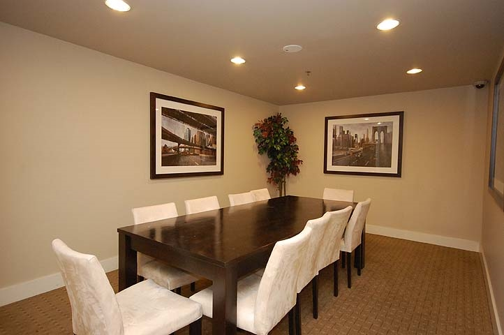 Condo Apartment at 801 610 VICTORIA STREET, Unit 801, New Westminster, British Columbia. Image 20