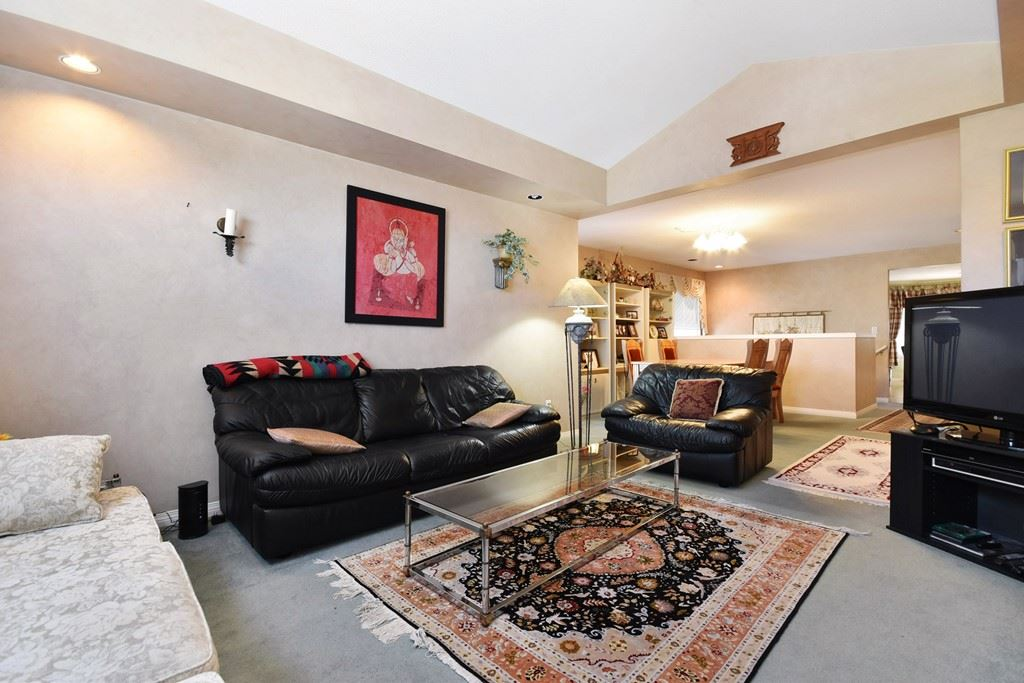 Townhouse at 39 32777 CHILCOTIN DRIVE, Unit 39, Abbotsford, British Columbia. Image 3