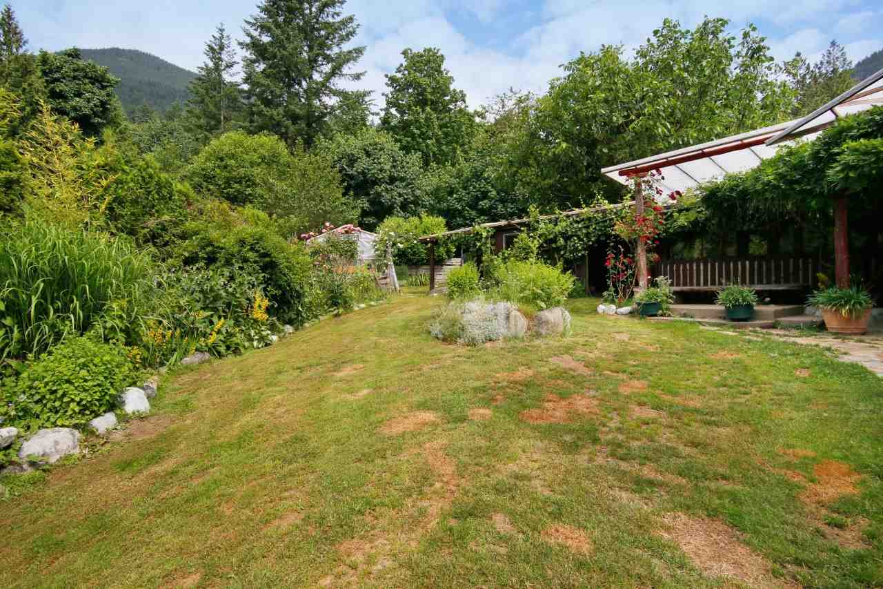 Detached at 41401 MORTON ROAD, Mission, British Columbia. Image 11