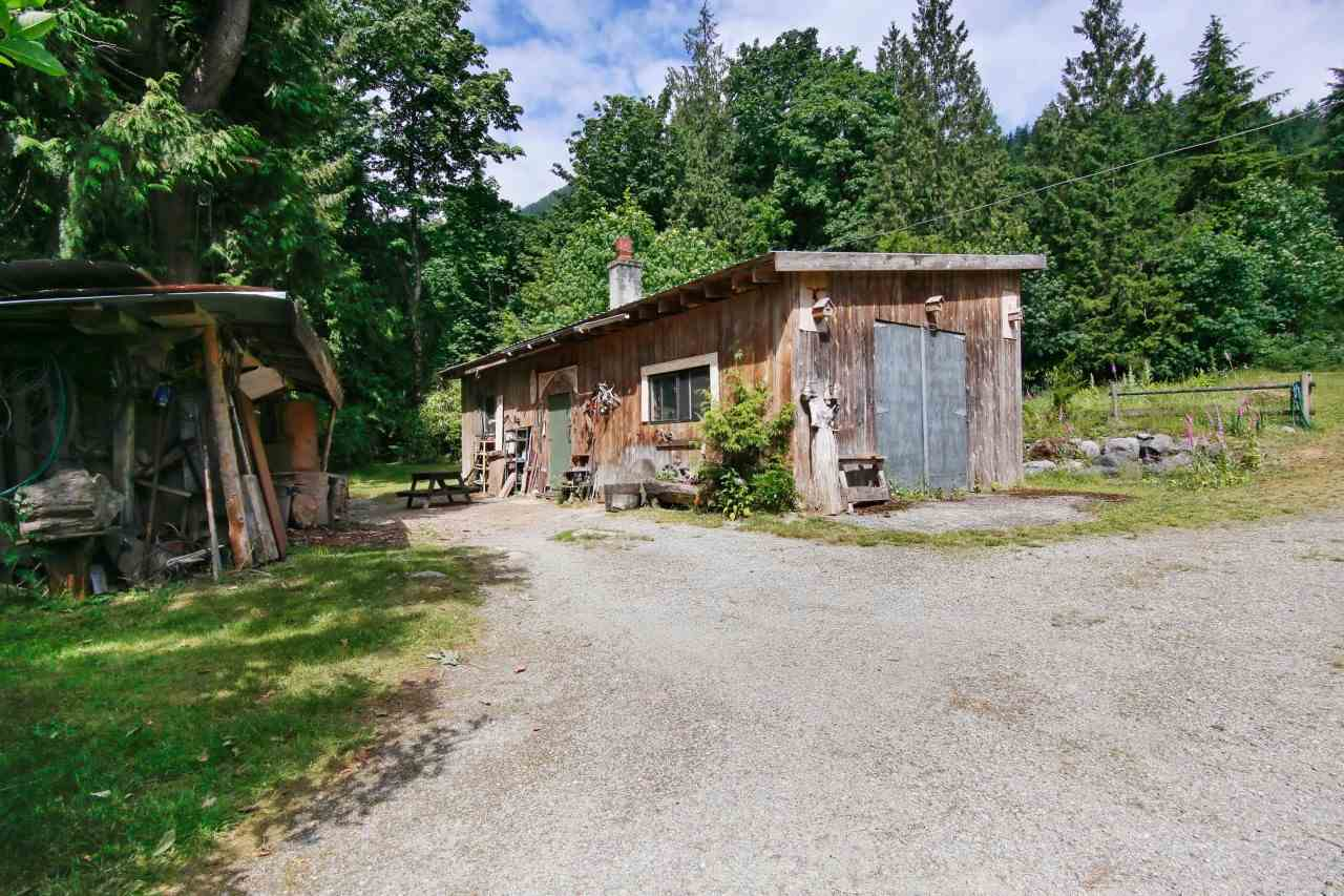 Detached at 41401 MORTON ROAD, Mission, British Columbia. Image 14