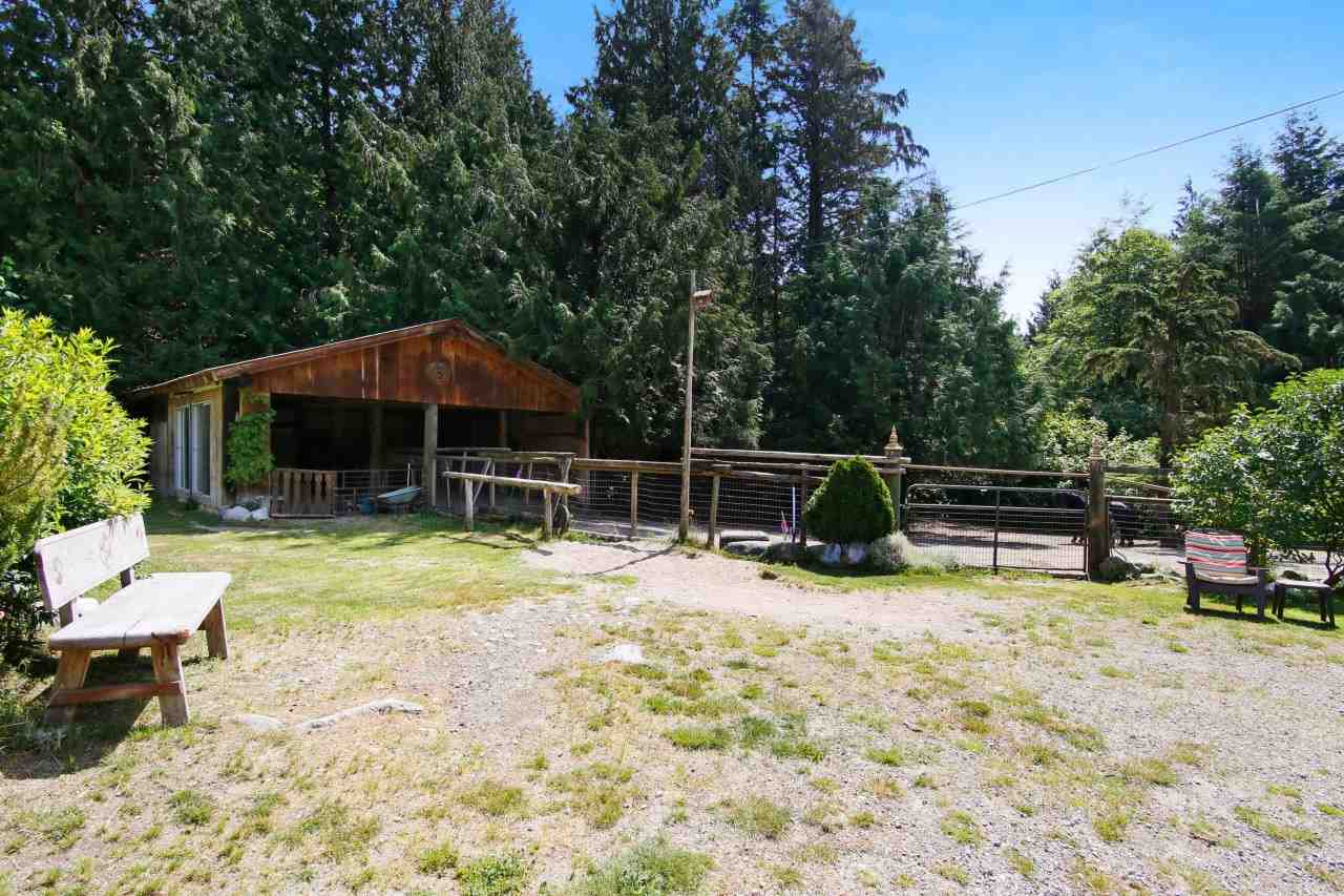 Detached at 41401 MORTON ROAD, Mission, British Columbia. Image 17