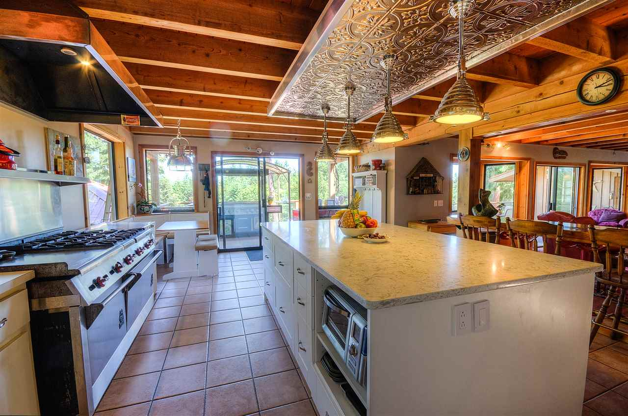 Detached at 1 WINSTANLEY ROAD, Islands-Van. & Gulf, British Columbia. Image 5