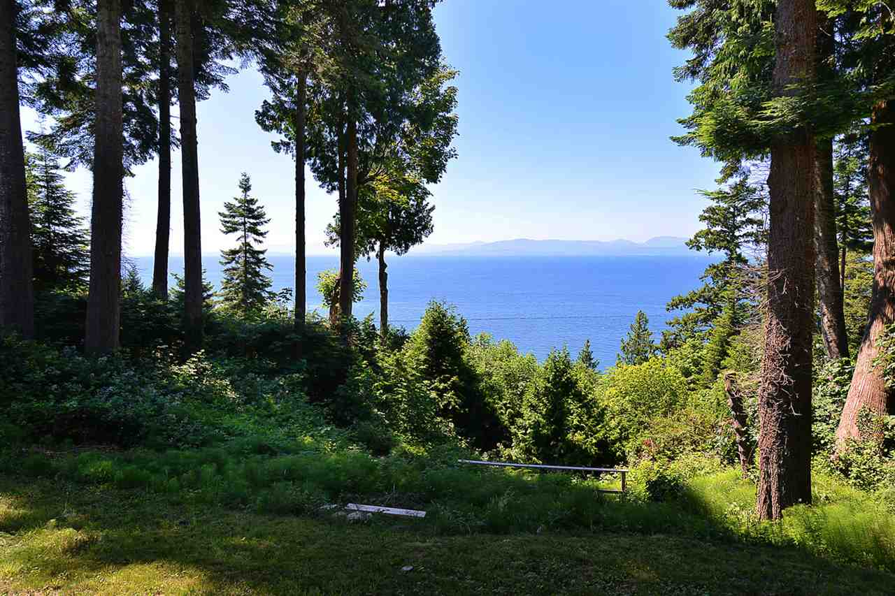 Detached at 8041 REDROOFFS ROAD, Sunshine Coast, British Columbia. Image 1