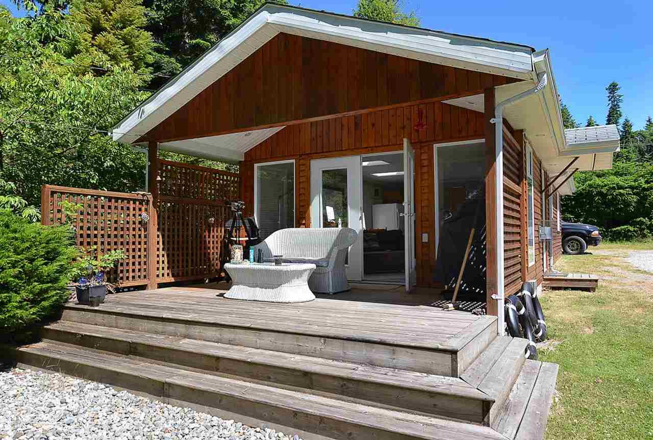 Detached at 8041 REDROOFFS ROAD, Sunshine Coast, British Columbia. Image 3