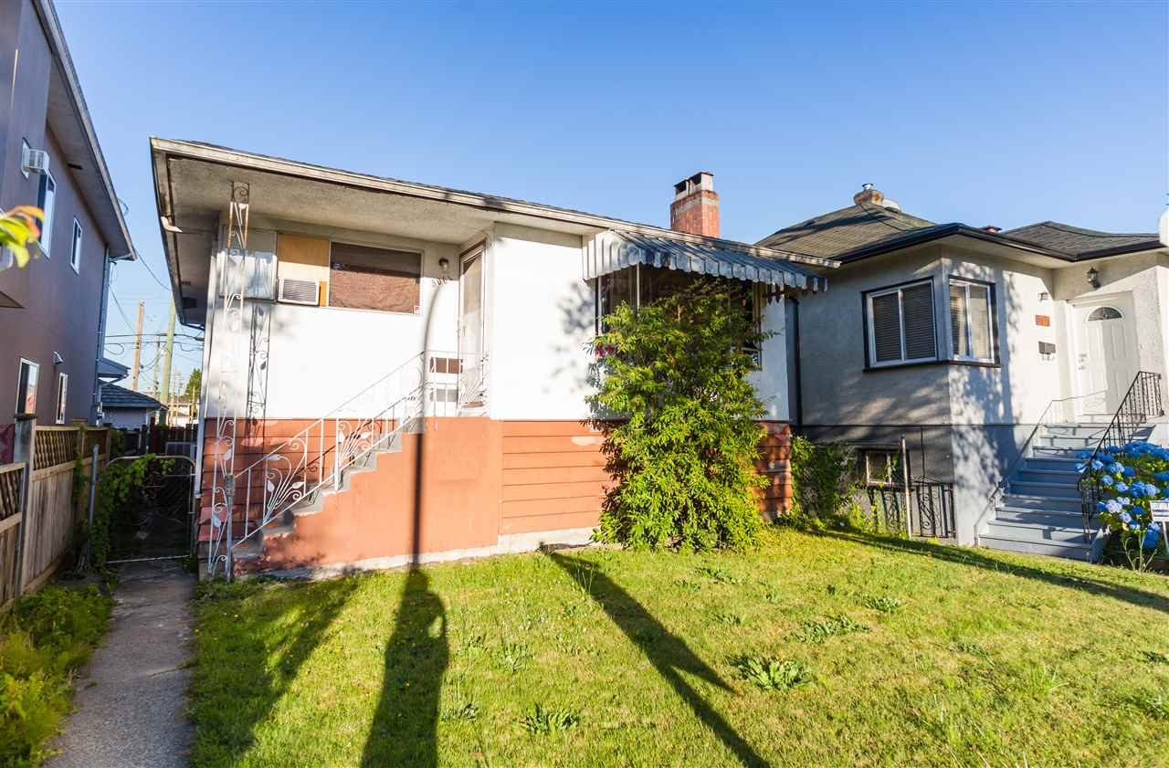 Detached at 5064 GLADSTONE STREET, Vancouver East, British Columbia. Image 4